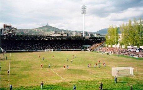 In de hekken - First Sarajevo Derby after the war