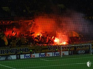 Young-Boys - Feyenoord-pyro (3)