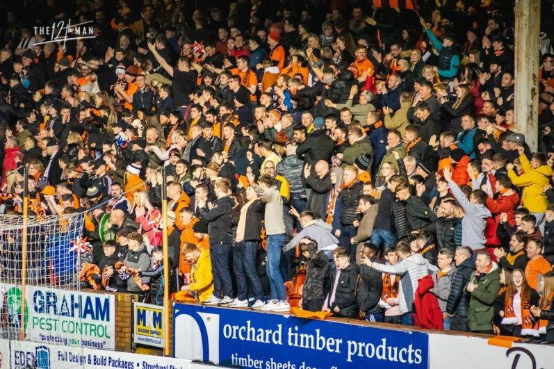 In de Hekken - Dundee Derby