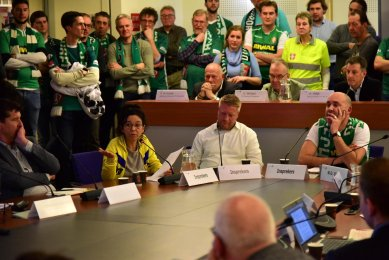 Laat de gemeente FC Dordrecht creperen