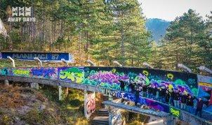De bobsleebaan uit 1984 is nu het canvas voor graffiti-artiesten
