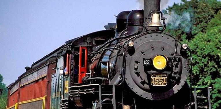 """""""I treni storici del gusto"""" a Capo d'Orlando domenica 19 Maggio"""