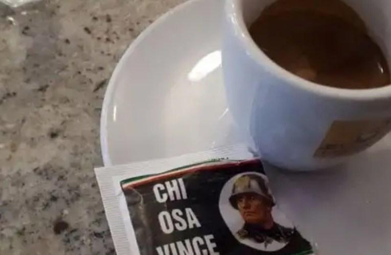 Al bar bustine di zucchero con frasi del Duce nel Bolognese