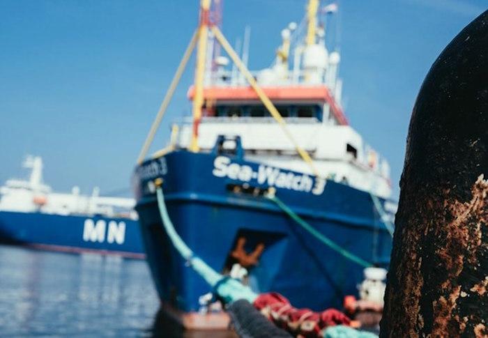 La Sea Watch ignora il divieto. La nave è  davanti al porto di Lampedusa