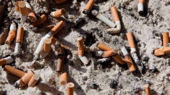 Stop fumo in spiaggia, arriva la proposta di legge per tutelare salute e ambiente