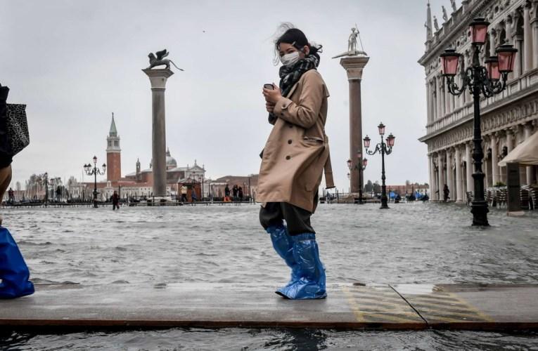 Maltempo Venezia, allagato il 70% del centro storico