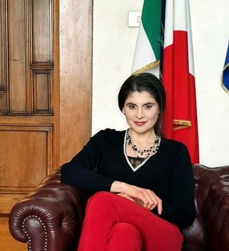 Antonella Papiro M5S: Interrogazione sui disagi  degli italiani di rientro dall'estero, necessario vigilare contro speculazione