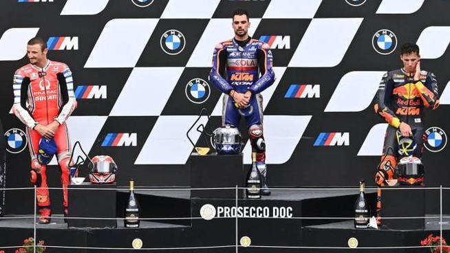 Gp di Stiria: vittoria di Miguel Oliveira in volata.