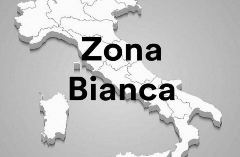 Italia zona bianca, Sicilia evita regole zona gialla
