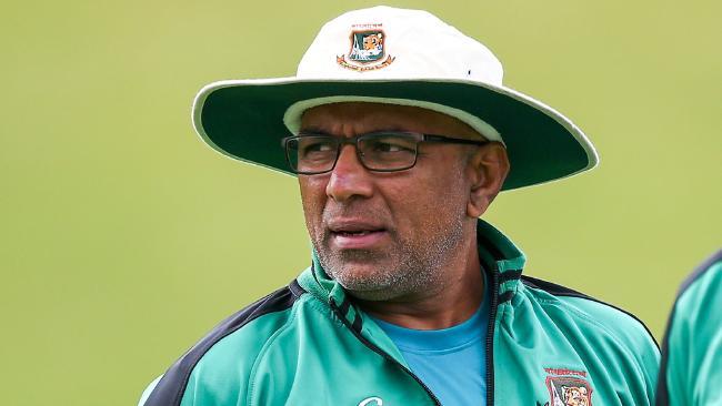 Sri Lanka Cricket considering Chandika Hathurusinghe for post of National Head Coach
