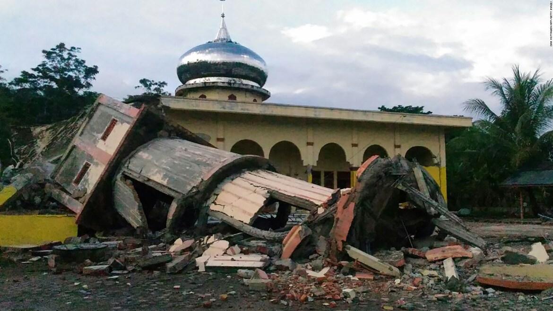 Magnitude 6.5 earthquake strikes Indonesia