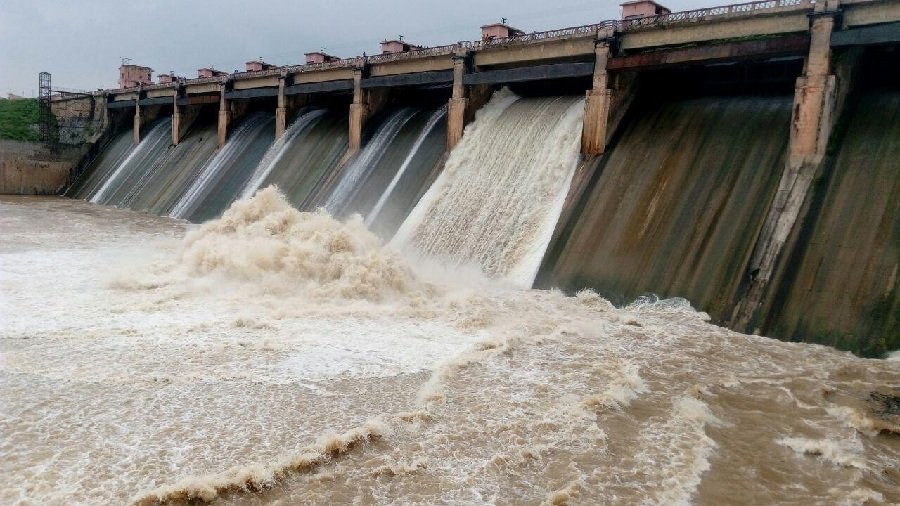 Sri Lanka's largest multi-functional irrigation project to be commissioned tomorrow