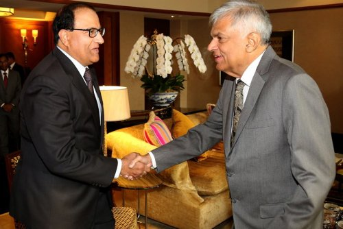 Sri Lankan PM, Singapore Trade & Industry Minister hold discussions