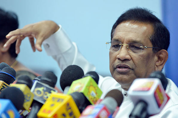 Former MP's Rajitha and Chathura leave CCD