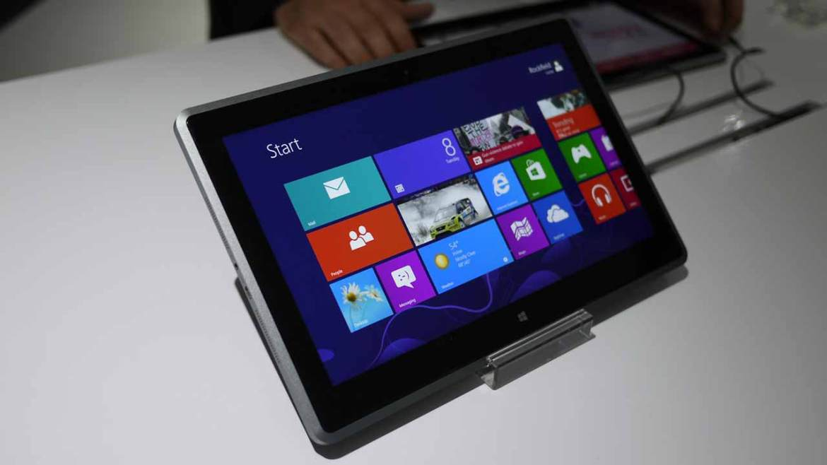 Tablets for GCE A /L students to be given as a pilot project