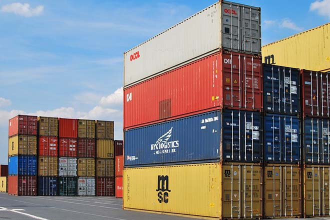 Export growth outpaces import gain in May