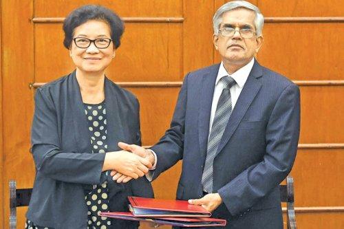 ADB grants Sri Lanka USD 9.5 million to support women-led SMEs