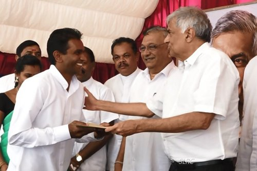 Sri Lanka PM aims to develop the country rapidly next two years