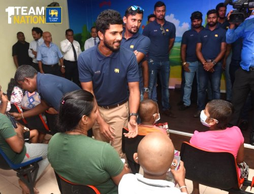 Sri Lanka Cricket team donates medicines worth Rs. 1 million to Apeksha (Cancer) Hospital