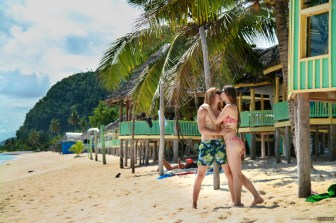 Romantic couple on the beach, honeymoon destinations, Samoa: Free Complete Guide To This Wonderful Authentic Paradise, Samoa guide, travel guide Samoa, Samoa Island, what to see in Samoa, where to go in Samoa, accommodation Samoa, best travel guide to Samoa, Samoa budget travel,