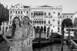 romantic couple at Venice