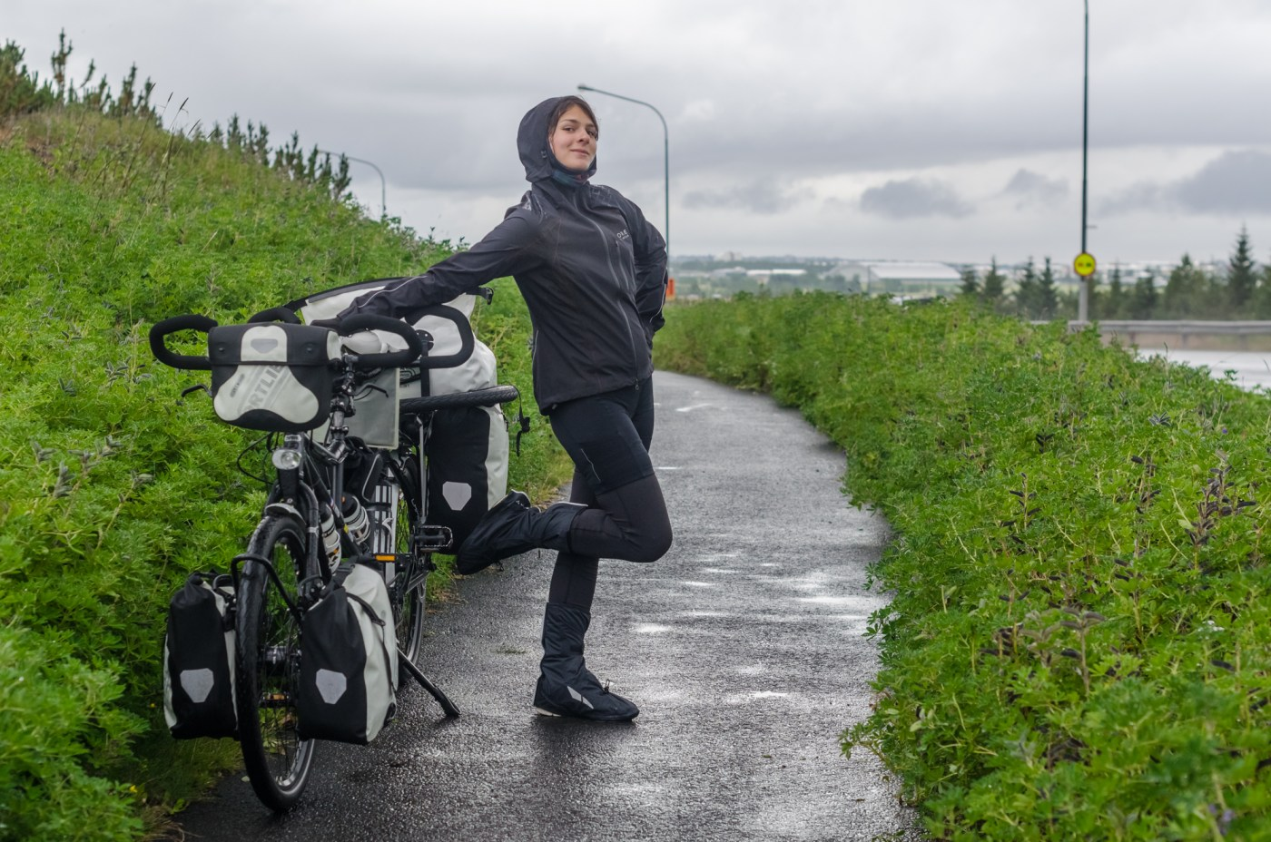 independent people how to cycle in iceland road tandem