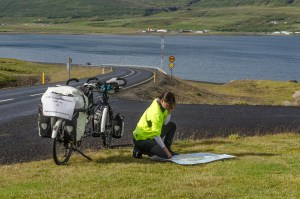 independent people how to cycle in iceland tandem bike road map