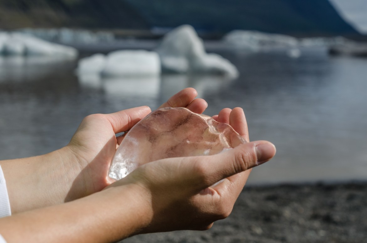 iceland independent people ice water