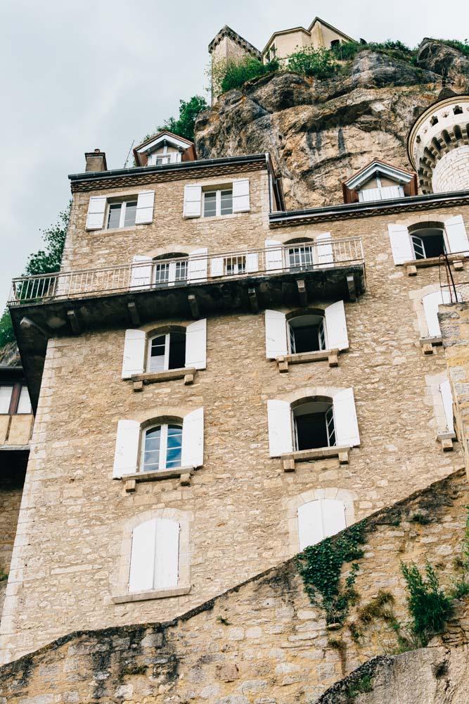 occitanie lot rocamadour village sanctuary