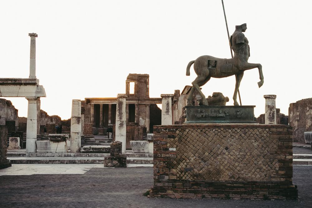[:en]A Visit Guide to Pompeii[:fr]Le guide pour visiter Pompéi[:]