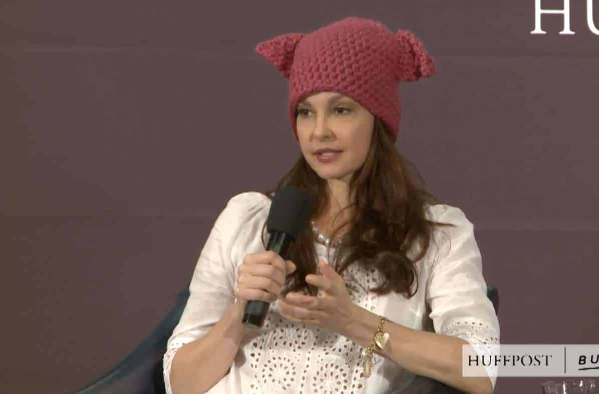 Ashley Judd Cunt looney ashley judd says u.s. ranks 104th behind iraq in