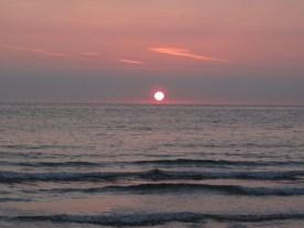die Sonne geht auf