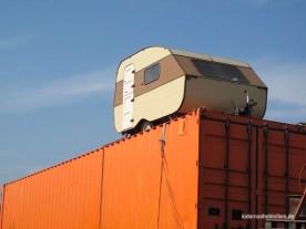 Camping auf Container