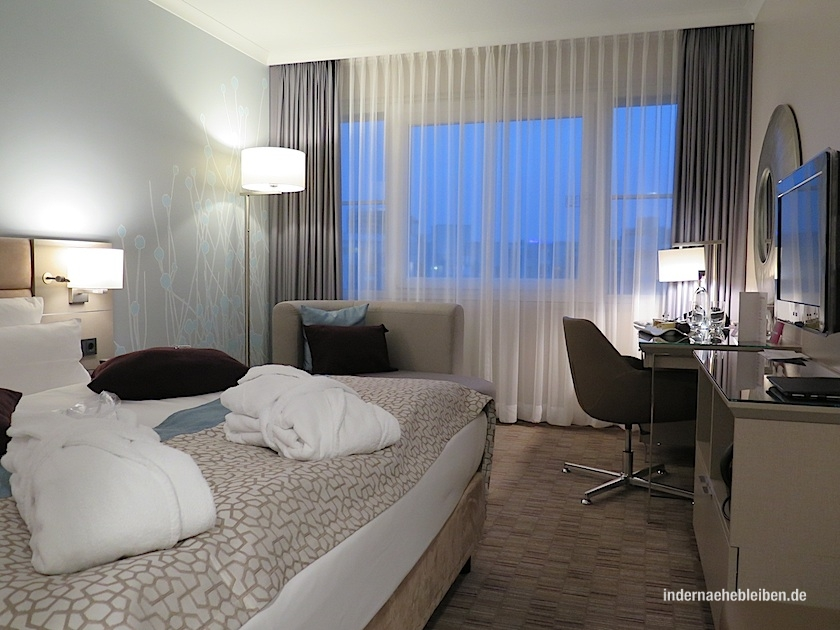 Crown Plaza Berlin City Centre Zimmer
