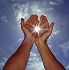 open-handen-zonnestraal