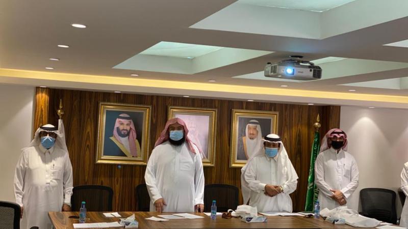 وفد من مركز تعارفوا للإرشاد الأُسَري يزور جمعية البر في الرياض