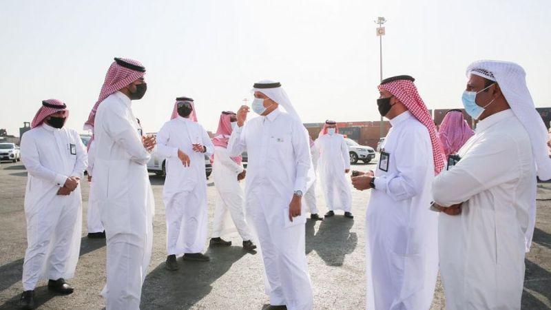السعودية | وزير النقل يزور جمرك الميناء الجاف بالرياض