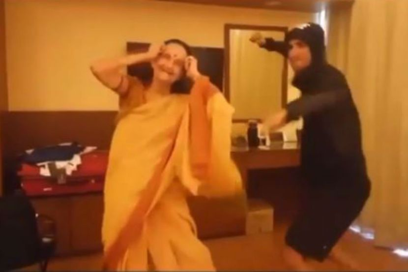Sushant Singh Rajput's Old BTS Dance Video With Dil Bechara Co-star Subbalakshmi Goes Viral 1