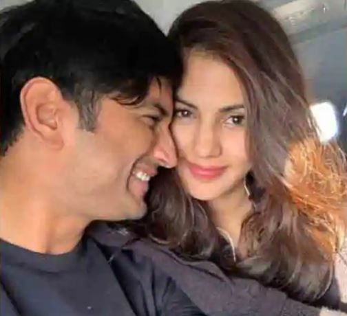 Sushant Singh Rajput Death Case: Bihar Government Files Affidavit in SC Accusing Rhea Chakraborty of Using Late Actor For Money