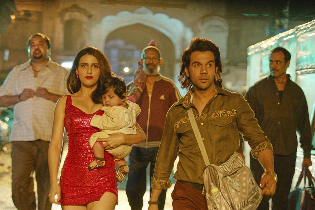 Ludo First Look: Fatima Sana Sheikh Looks Hot in Red Dress, Rajkummar Rao Flaunts Distinct Hairstyle 54