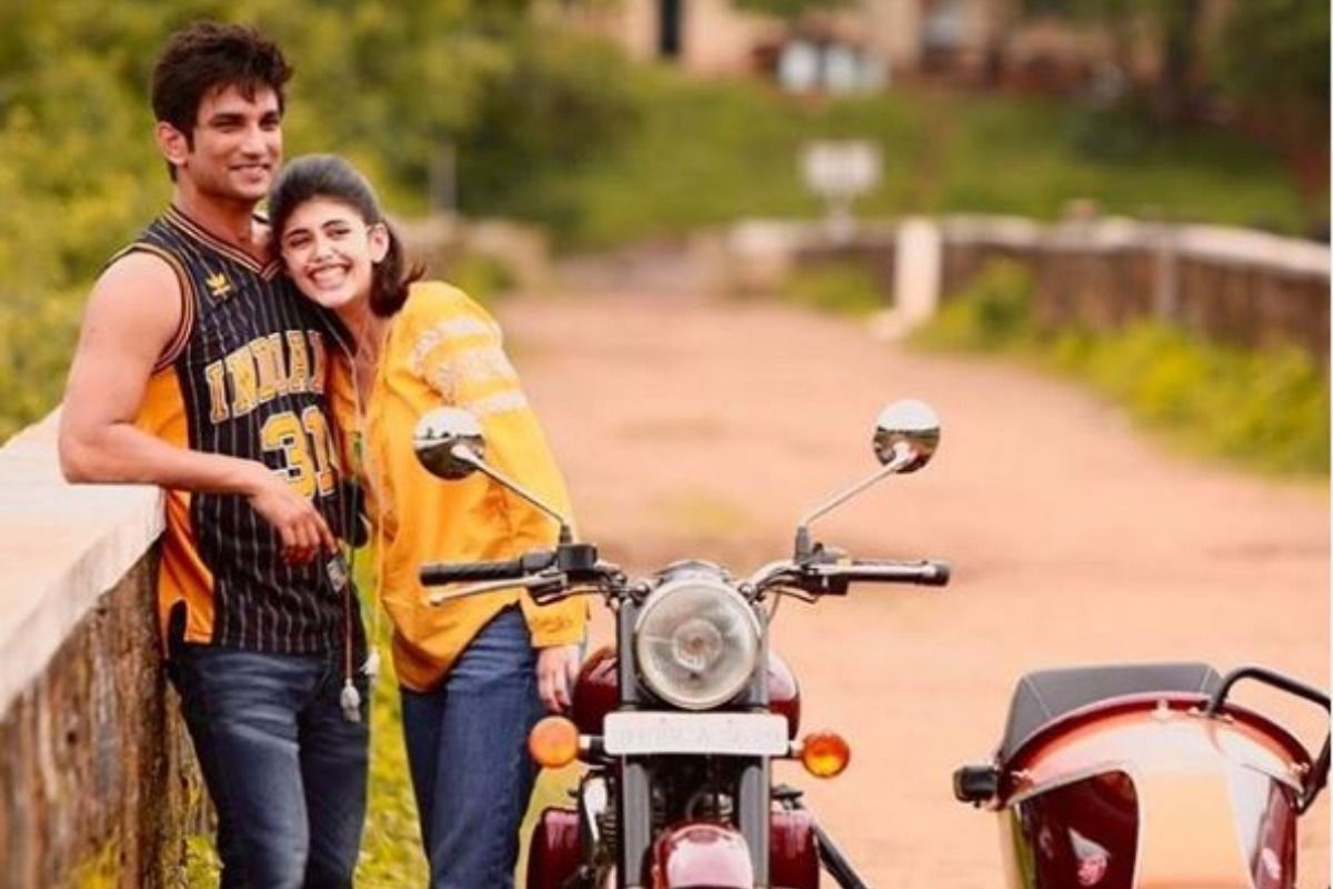 Chal na,Thoda Dance Karte Hai! Sushant Singh Rajput's Dil Bechara co-star Sanjana Sanghi Pens Emotional Note 3