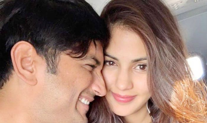 Rhea Chakraborty Has Gone Into Hiding, Threatened Sushant Singh Rajput After He Wanted to Start Farming, Says Lawyer