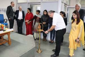 Thierry lights the inauguration lamp at Developers tutorial in Panjab Unversity