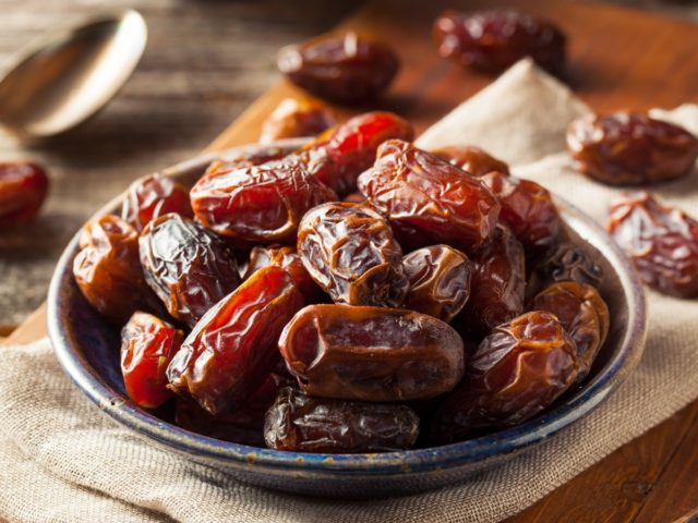 dates aid in relieving from back pain