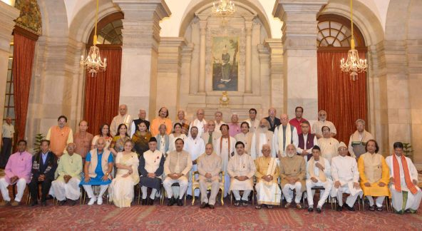 The President, Shri Pranab Mukherjee with the recipients of the Sangeet Natak Akademi Fellowships and Sangeet Natak Akademi Awards-2014, at an investiture ceremony of the Sangeet Natak Akademi Fellowships and Sangeet Natak Akademi Awards-2014, at Rashtrapati Bhavan, in New Delhi on October 23, 2015. 	The Minister of State for Culture (Independent Charge), Tourism (Independent Charge) and Civil Aviation, Dr. Mahesh Sharma and other dignitaries are also seen.
