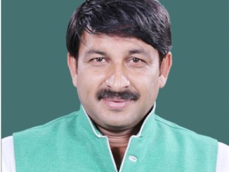 manoj_tiwari_MP_indianbureaucracy_clean yamuna