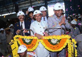 anant-geete-visits-bhel-hyderabad-indian-bureaucracy