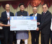 CMD SJVN presenting Cheque -IndianBureaucracy