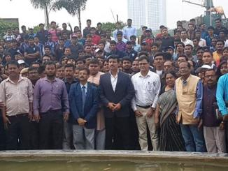 Rajyavardhan Rathore interacts with NSS volunteers