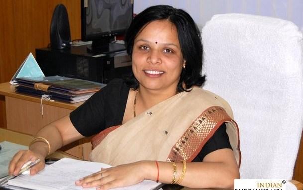 Manisha Chandra IAS